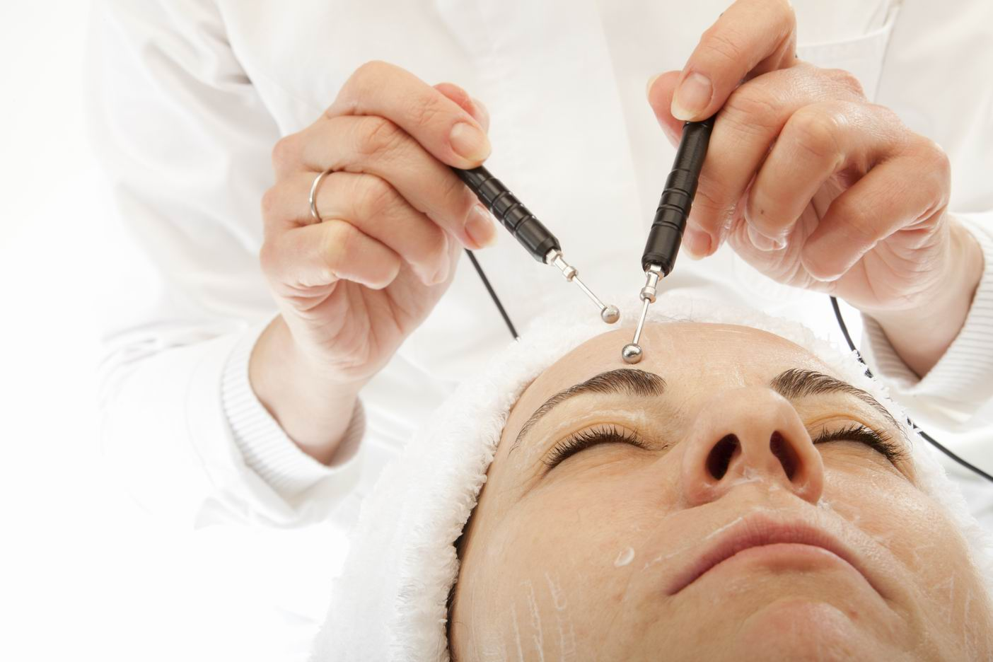 Face-Lifting mit Muskelstimulation